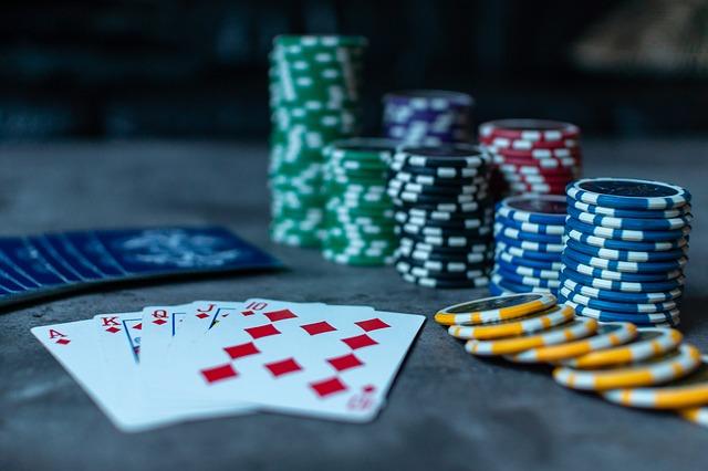 Poker Adrián Mateos