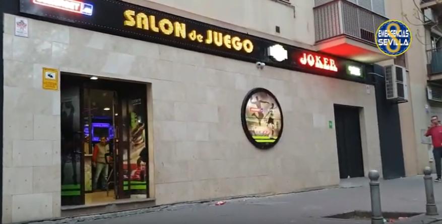 Salón juegos Sevilla policía
